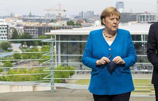 Jadna mala Merkel